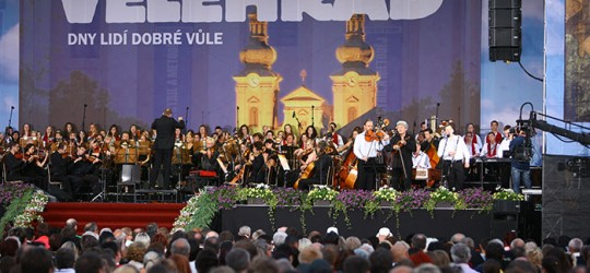 Lidem dobré vůle zazpívá na Velehradě Jiří Pavlica s Marií Rottrovou