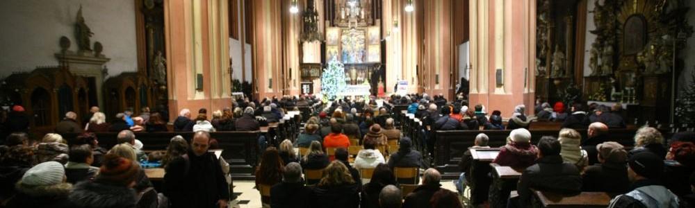 Bára Basiková zahájí letošní Festival vánoční hudby